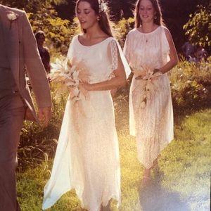 Dresses & Skirts - Handkerchief hemline dress